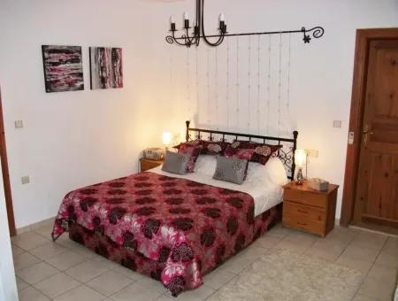 Gemstone Villa - Six Bedroom Villa In Gülpınar Dalyan