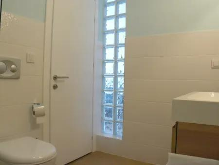 Stockholm Apart - One-Bedroom Luxury Apartment On A Small Exclusive Complex Of Just 6 Apartments
